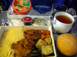 バリ行き飛行機での機内食